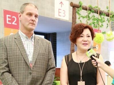 新西兰塔妮娜斯琴总和新西兰技术厂长Dr.Oliver上海访谈