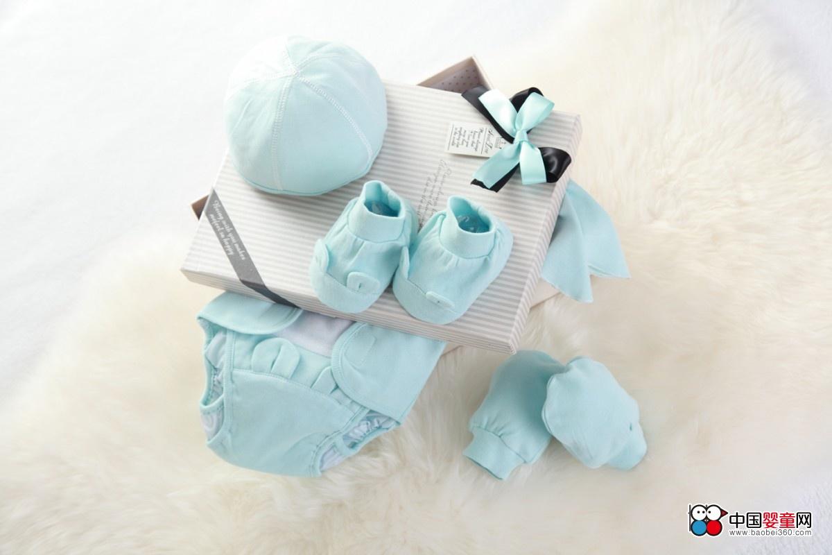润婴宝婴儿服饰礼盒