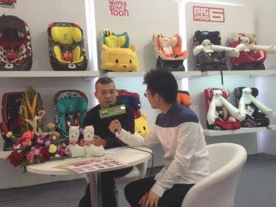 中国龙八国际官网网专访感恩董事长郑辉 深度解读感恩安全座椅